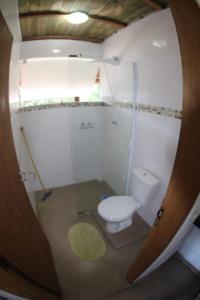 A bathroom at Alma Surf House