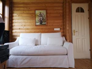 Кровать или кровати в номере DvīņuMājas