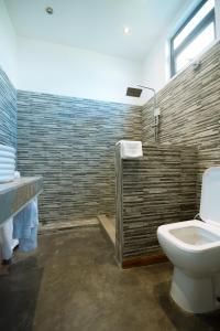 A bathroom at Villa Alizee
