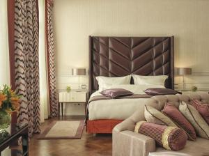 A bed or beds in a room at Grand Hotel Europe, A Belmond Hotel, St Petersburg