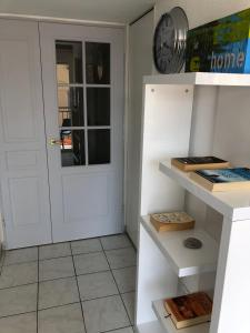 A kitchen or kitchenette at Riviera Beach and Palais