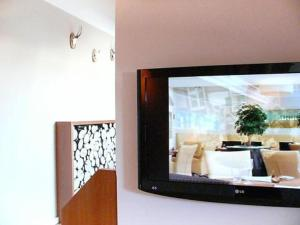 A television and/or entertainment center at Domicil Leidinger