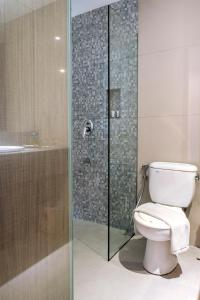 A bathroom at The Hills Batam