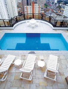 A piscina localizada em Transamerica Executive Faria Lima ou nos arredores