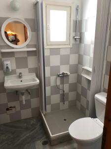 Ένα μπάνιο στο Malamas Apartments