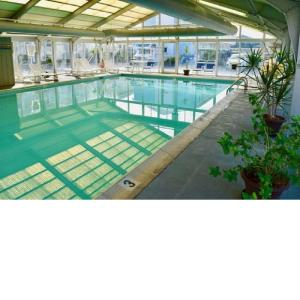 The swimming pool at or near Ocean High by Capital Vacations