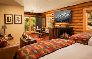 A television and/or entertainment center at Rustic Inn Creekside