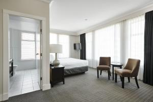 A bed or beds in a room at Hotel Rialto