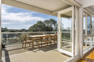 A balcony or terrace at Sunsets in Blairgowrie