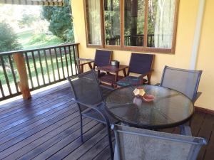 A balcony or terrace at Teretre Cabins Nimbin