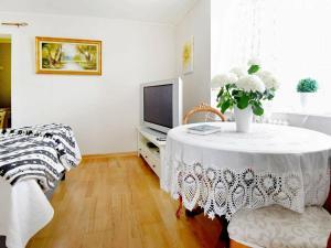En sittgrupp på One-Bedroom Holiday home in Lysekil 11