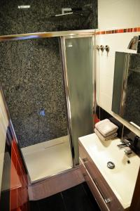 Ein Badezimmer in der Unterkunft Buddha Apartment