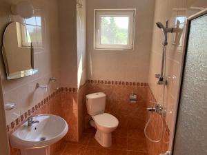 Ванная комната в Lilia Guest House