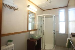 A bathroom at The Grand Hotel Wanganui