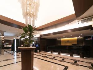 The lobby or reception area at APA Villa Hotel Osaka-Tanimachi 4 Chome-Ekimae