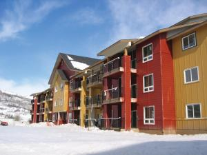 Club Wyndham Steamboat Springs during the winter