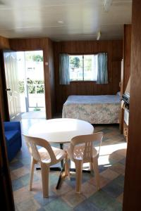 A seating area at Apollo Bay Holiday Park