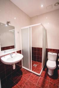 A bathroom at Villa Kaunensis