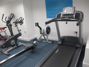 The fitness center and/or fitness facilities at BLOOMSBURY APARTMENTS