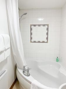 A bathroom at West Plean House