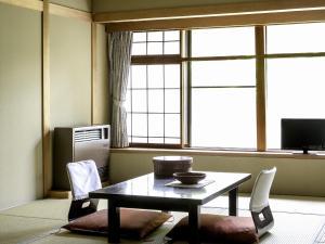 A seating area at Ryokan Warabino