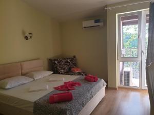 Кровать или кровати в номере Calypso All inclusive Resort Hotel