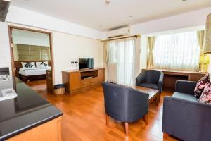 Гостиная зона в Bally Suite Sukhumvit