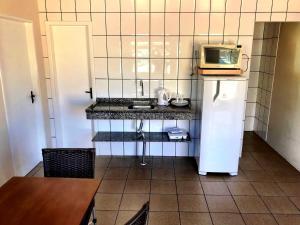 Una cocina o zona de cocina en Pousada Mar Do Leste