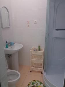"""A bathroom at """"Gostevoy"""""""