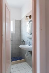 Ένα μπάνιο στο Sea View
