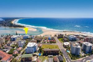 A bird's-eye view of Ocean Views Unit 15 - The Entrance, NSW