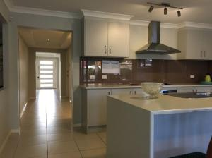 A kitchen or kitchenette at Sydney Amazing Holiday Home Bridal BnB