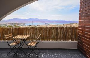 A balcony or terrace at Staylish Apartment*Panoramic sea view*Prime Location