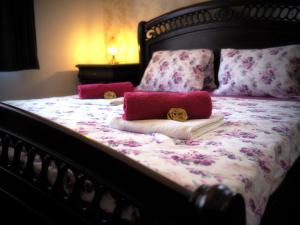 Postel nebo postele na pokoji v ubytování Harmony Hall