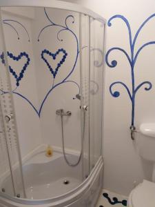 A bathroom at Casa Milos