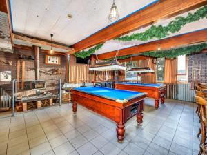 A pool table at Snowy Valley Jindabyne