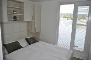 Postelja oz. postelje v sobi nastanitve Marina seahouse Portorož