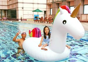 Children staying at The Splendor Hotel Taichung