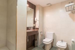 A bathroom at Hotel Costa