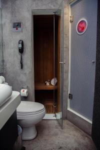 A bathroom at BTH Hotel – Boutique Concept
