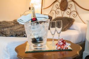 Drinks at Hotel Casa del Marqués