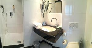 A bathroom at Marivaux Hotel