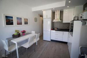 A kitchen or kitchenette at Andalucia Garden