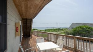 A balcony or terrace at Beachcomber at Montauk
