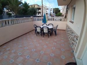 Ein Balkon oder eine Terrasse in der Unterkunft Can Caragol