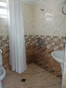 A bathroom at Anastasia