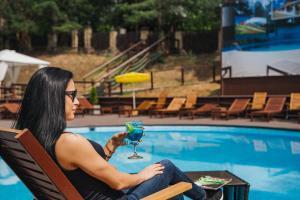 The swimming pool at or near Staraya Melnitsa Holiday Park