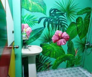 A bathroom at Art Homestay Vung Tau
