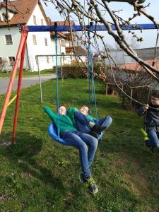Ein Kinderspielbereich in der Unterkunft Hanslbauernhof