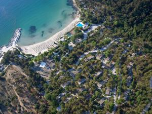 A bird's-eye view of Makryammos Bungalows